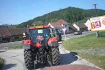 Do akce vyjely i stroje ekologické farmy ZS Pitín.