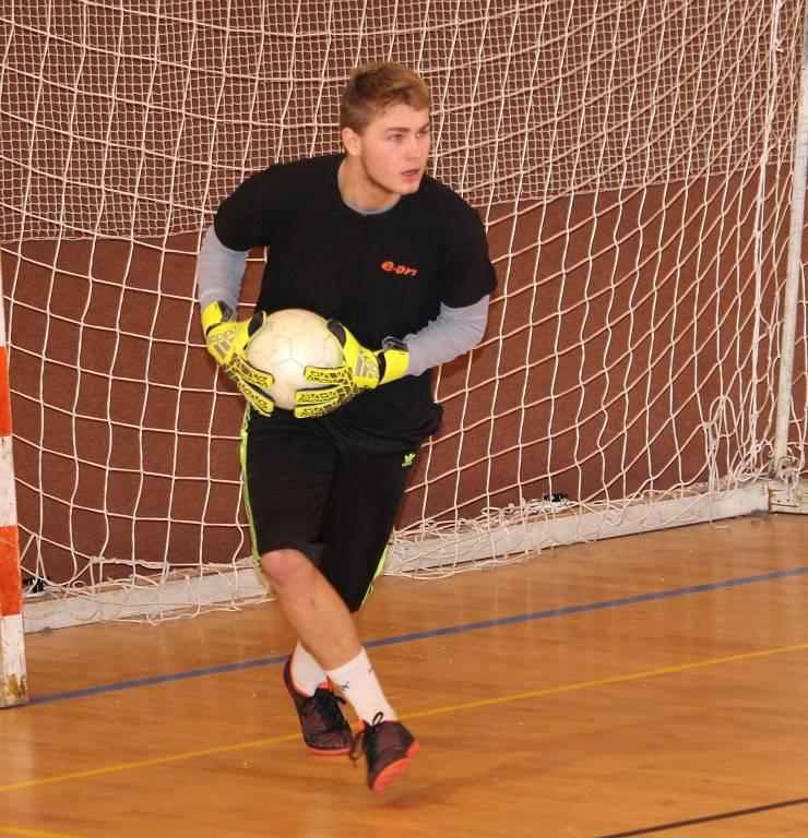 Futsalová Superfrankie liga: utkání nadtavbové části o 9.-15. místo mezi týmy NGBS a GFC.