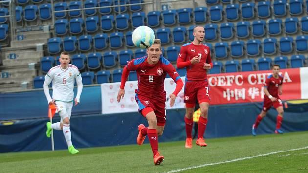 Záložník či krajní obránce PSV Eindhoven a české reprezentace do jednadvaceti let Michal Sadílek.