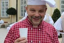Kuchař Petr Stupka uvařil v Buchlovicích.