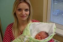 Malý Oliver Ondra se mamince Martině Mlýnkové narodil o Silvestru 2011 jako poslední dítě roku.