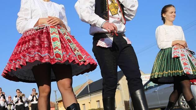 Slovácké kroje. Ilustrační foto