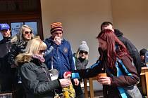 Šestatřicet nadšenců oslavilo první jarní dny hrou kuliček v Buchlovicích.