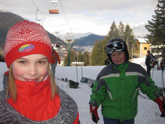 Nejmenší lyžaři sledovali slovácké odpoledne se zájmem.