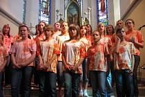 Část nahrávky vznikla už v roce 2008 v kostele svatých Filipa a Jakuba v Dolním Němčí.
