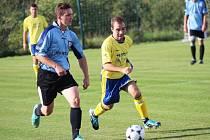 Fotbalisté Polešovic (černé stulpny) zůstávají i po utkání v Mařaticích stále bez bodu.