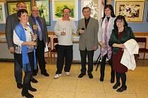Výstava arménského výtvarníka Ašota Arakeljana v knihovně ve Slavkově.