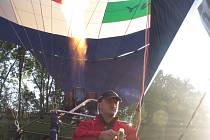 Pilot a majitel balonu Libor Staňa z Břestku.