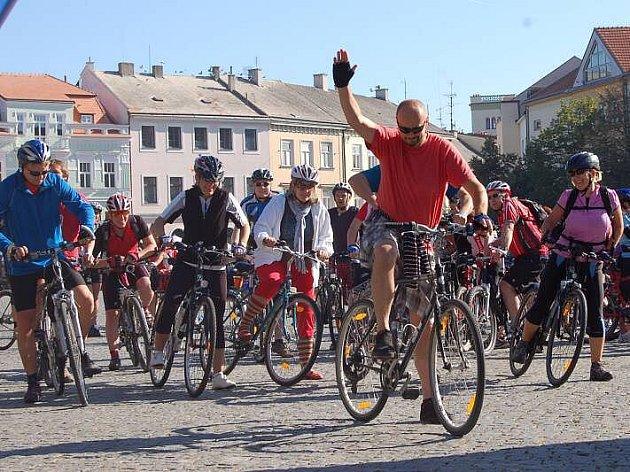 Na kole mezi vinohrady: start v Uherském Hradišti