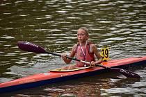 Talentovaná jedenáctiletá kajakářka Tereza Studničková