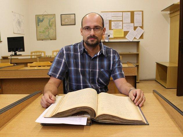 Ředitel uherskohradišťského státního archivu Lukáš Čoupek