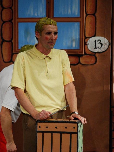 David Vacke hraje jednoho zkluků patřících do Rychlých šípů.