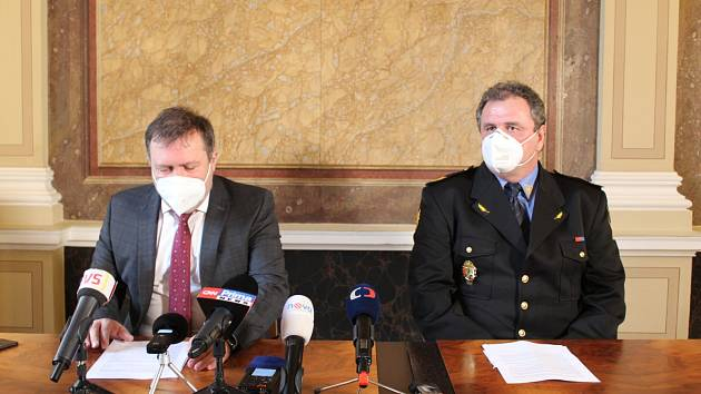 Starosta Uherského Hradiště Stanislav Blaha (ODS) a velitel MP UH Vlastimil Pauřík