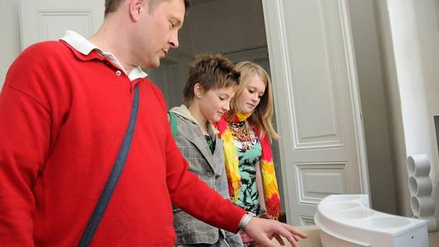 Den otevřených dveří na hradišťské umprumce přivítal návštěvníky.