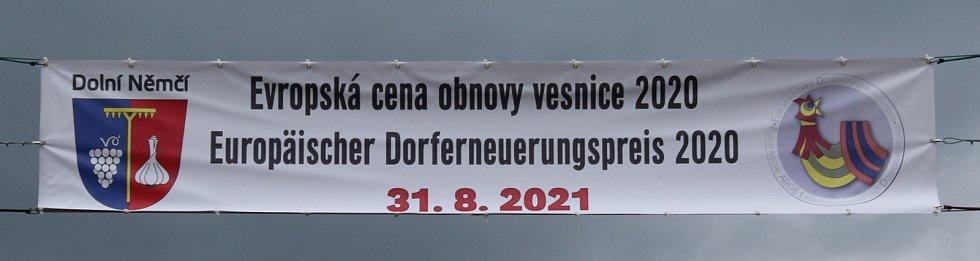 V posledním srpnovém dnu si obec Dolní Němčí, coby vítěze celostátního kola Vesnice roku 2018 a jeho tradice prohlédla hodnotící komise soutěže Evropská cena obnovy vesnice.