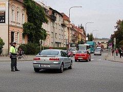 Hlavní křižovatka v Uherském Hradišti. Ilustrační foto