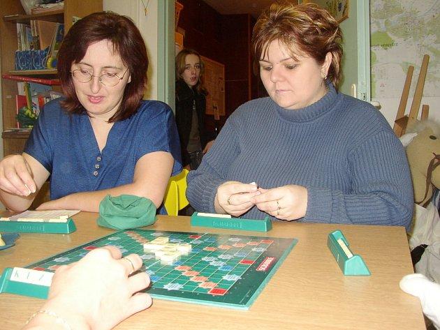 Maminky ze Starého Města na chvíli u hry zapomněly na starosti, které přináší každodenní péče o děti.