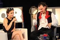 Filip Teller si pozval do divadelního stanu tři hosty.