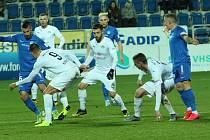 Také záložníka Slovácka Marka Havlíka (číslo 20) vyřazení v MOL Cupu na penalty hodně mrzelo.