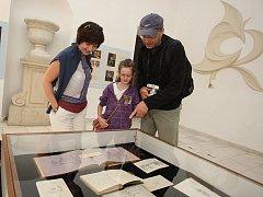 Výstava deník Aloise Berchtolda na zámku v Buchlovicích.