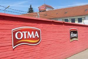 Areál podniku OTMA na konci července 2020, několik měsíců, před jeho uzavřením.