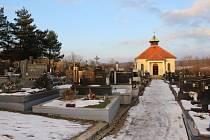 Místa posledního odpočinku se Broďanům a Úježďanům nelíbí, město proto plánuje rozsáhlé opravy.