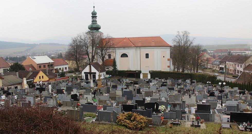 Bánov, obec na úpatí Bílých Karpat.