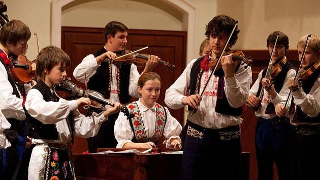 Vánoční koncert ZUŠ Uherské Hradiště.
