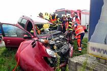 Dopravní nehoda osobního vozu u obce Horní Lapač