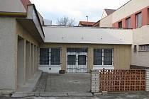 Kulturní dům v Popovicích.