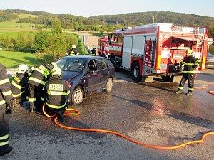 Dopravní nehoda mezi Pitínem a Hostětínem