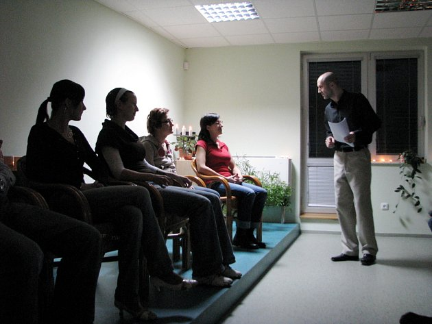 Za bránu běžného lidského světa se návštěvníci show vydali s Radimem Grebeníčkem.