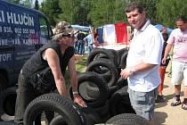 Tisíce návštěvníků přijelo na tradiční auto moto burzu do Březolup.