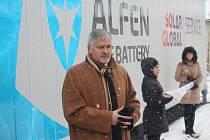 První baterie svého druhu v České republice byla zprovozněna u Prakšic. Slavnostní zahájení provozu v čtvrtek 30. listopadu navštívil také hejtman Zlínského kraje Jiří Čunek a Kees Jan René Klompenhouwer.