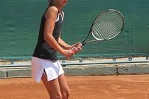 Jedenáctiletá Leti má před sebou skvělou tenisovou kariéru.