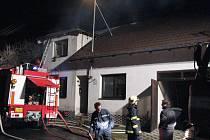Požár rodinného domu ve Zlechově.