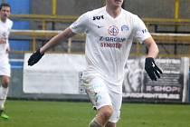 Stoper Slovácka Pavel Tkáč pendluje mezi ligovým mužstvem a juniorským týmem.