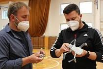 Nově vybavená žákovská pracoviště na ZŠ UNESCO v Uherském Hradišti a dronové ukázky