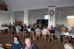 SETKÁNÍ. Vkunovickém zařízení U Pálenice si dali vneděli dostaveníčko lidé dialyzovaní, po transplantaci ledvin a jejich rodinní příslušníci.