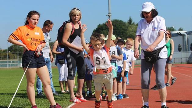 25. uherskohradišťské sportovní hry. Dětí mateřských škol.. Atletický stadion Dany Zátopkové