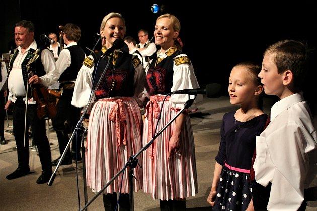 Koncert kMálkovým sedmdesátinám (sdcerami a vnoučaty vroce 2015)