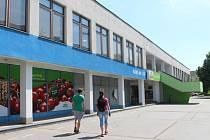 Nákupní středisko Albert ve Štěpnicích v Uh. Hradišti. Ilustrační foto.