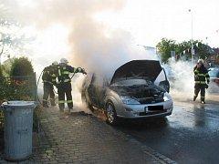 Požár auta v Uherském Brodě