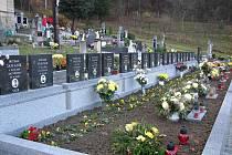 Díky dotaci z ministerstva obrany se společný hrob dvaceti gestapem popravených Salašanů dočkal obnovy.