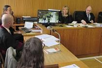 Součástí soudního líčení k tragické nehodě na Lopeníku, bylo v pondělí 2. února také přehrávání televizních záznamů z místa neštěstí.