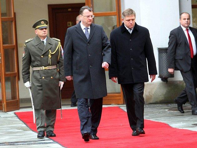 Zasedání české a slovenské vlády v Uherském Hradišti.