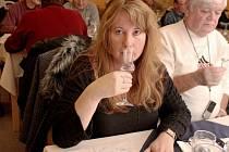 Jiřina Stroganová začala s degustací destilátů před osmnácti lety.