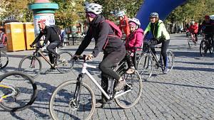 Na kole vinohrady Uherskohradišťska.