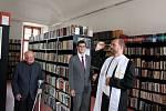 P. Radim Kuchař požehnal nové gymnaziální knihovně, která nese název kardinála Špidlíka.