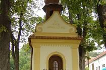 Historická kaple v Javorovci nutně potřebuje opravit.
